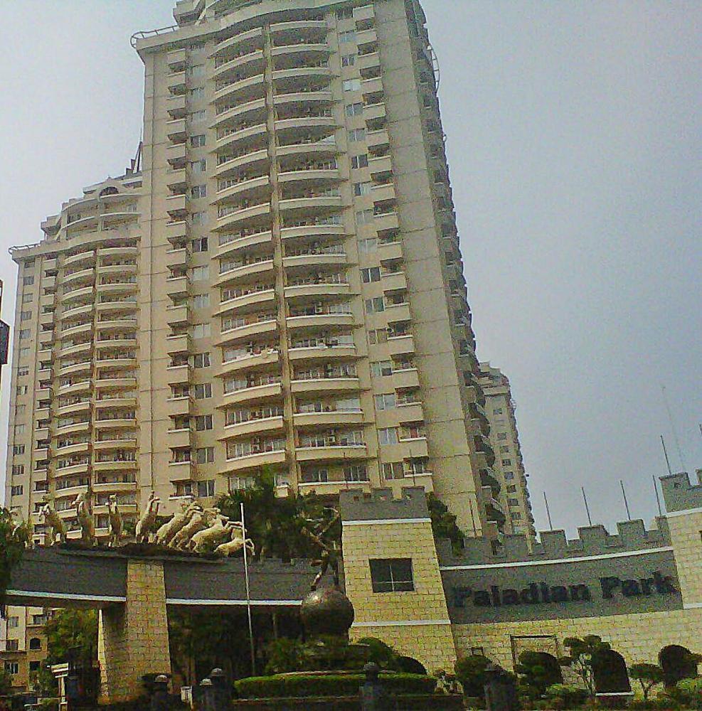 Apartemen Paladian Park -Jakarta Utara