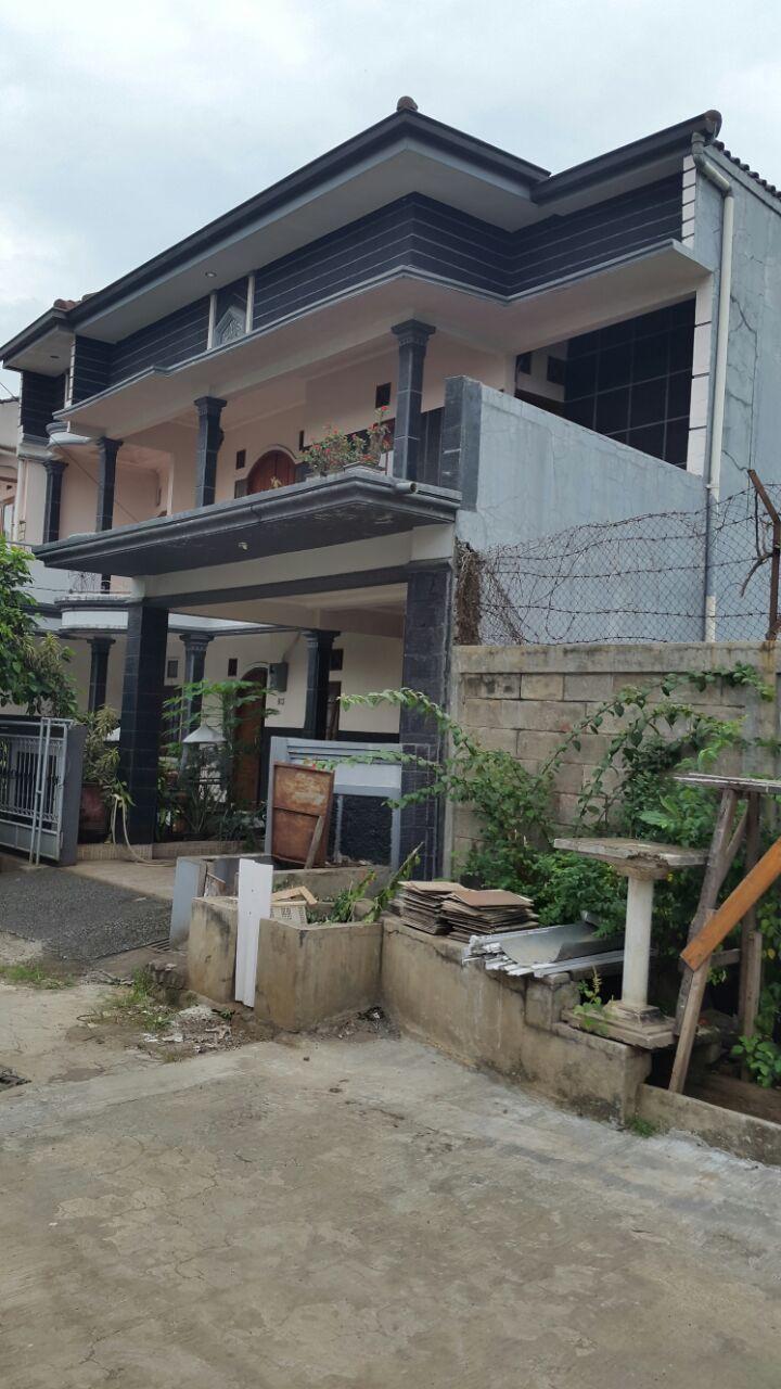 Rumah Exlusive di Komplek Dept Koperasi