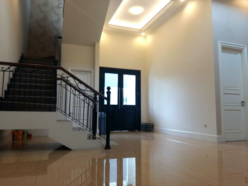 Rumah Baru Modern Klasik di Mampang - Duren Tiga