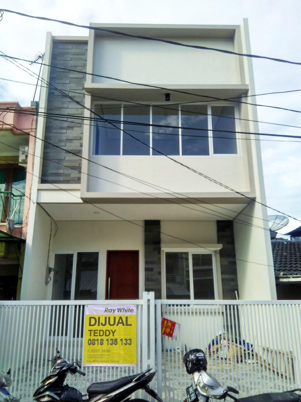 Rumah di Jual Kelapa Hibrida-Jakarta Utara