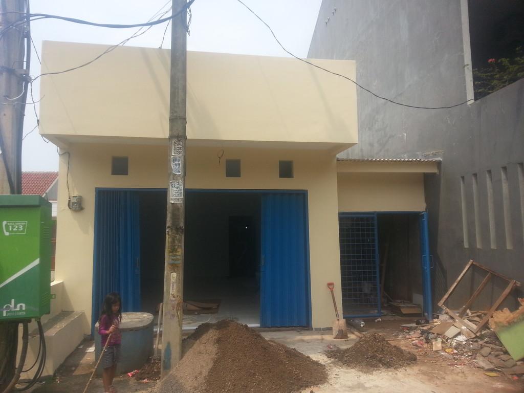 Rumah Bebas Banjir Cocok Untuk Usaha di Mustika Jaya Bekasi