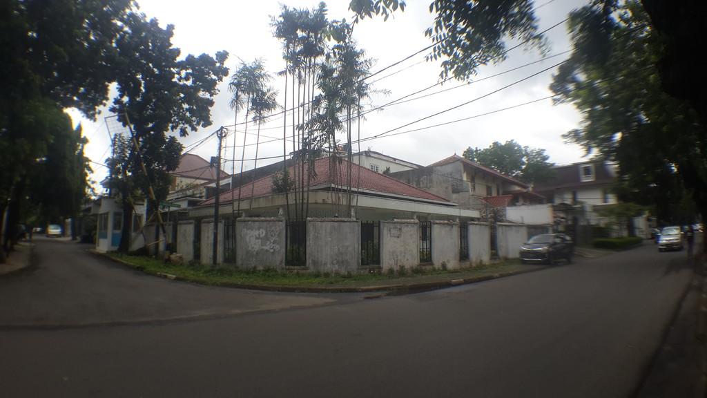 Rumah Dijual Jl Panglima Polim 5, cocok kantor