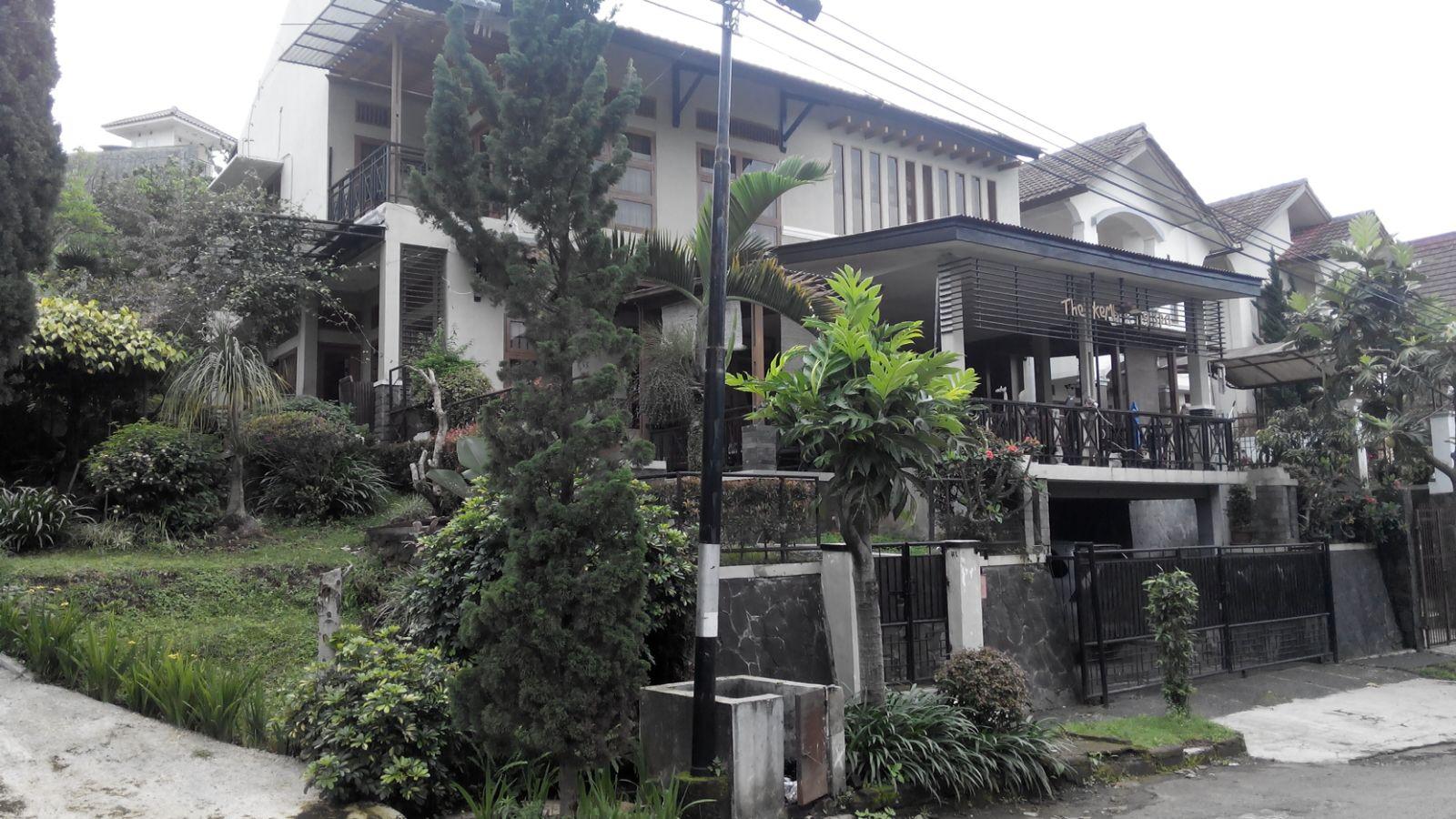 Rumah Besar Setiabudi Regency