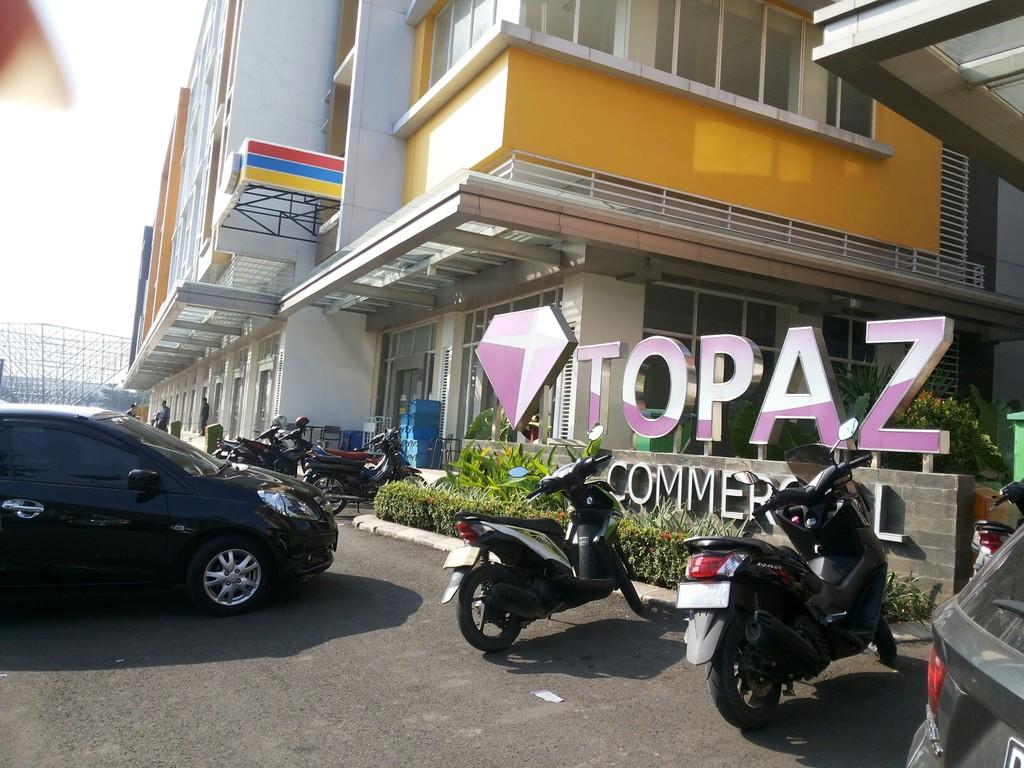 TOPAZ Commercial - ruko commercial yang berada dilokasi sangat strategis  di Summarecon Bekasi
