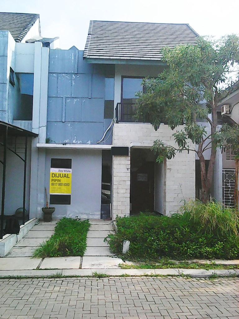 Rumah di Jual Perum Primier Riviera-Jl Raya bekasi-Jakarta Timur