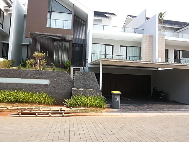 Rumah Bagus Siap Huni di Cluster Asia Tropis, Harapan Indah, Bekasi
