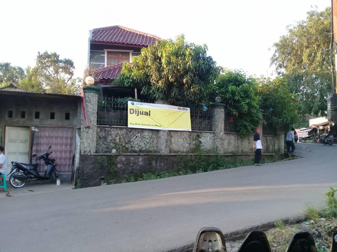 Rumah 2 Lantai dan Tempat Usaha  Pinggir Jalan Raya Jatibening
