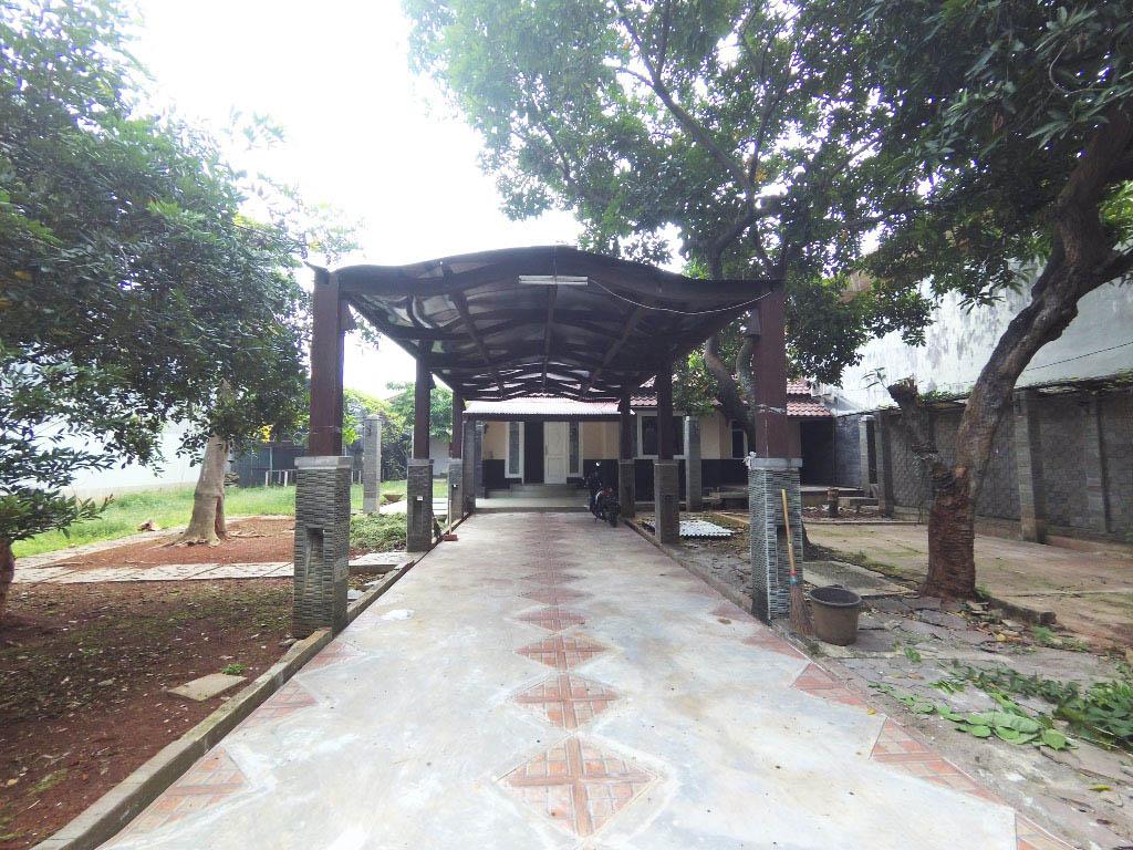 Rumah di Jual Taman Duren Sawit Blok B6 No. 3 & 4