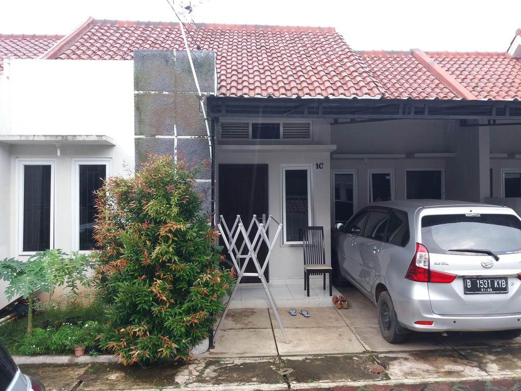Rumah minimalis dekat dengan akses tol jati asih