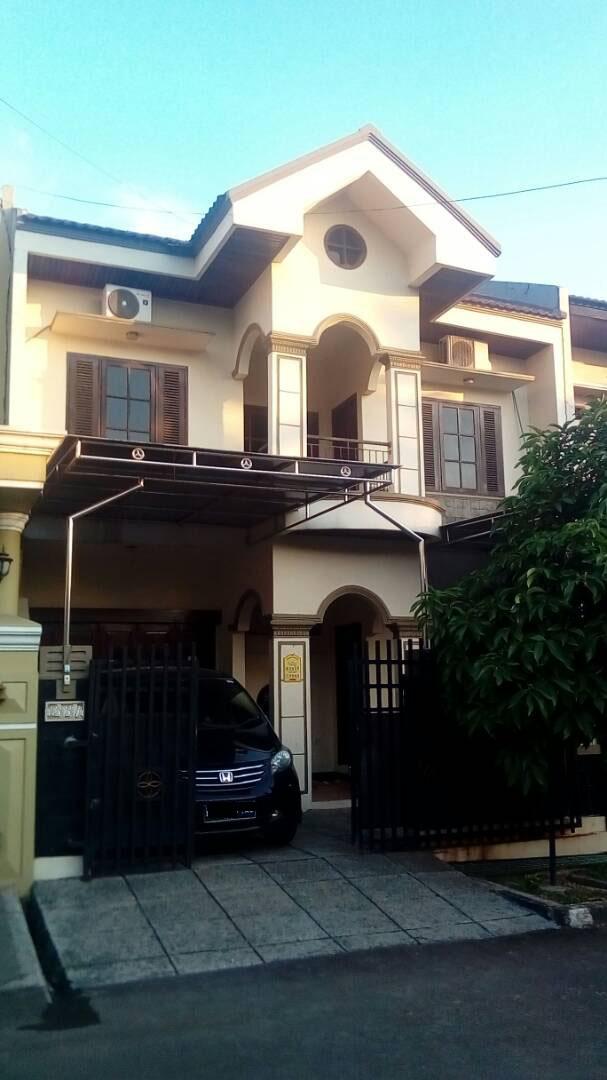 Rumah Megah di Duta Harapan Bekasi Utara