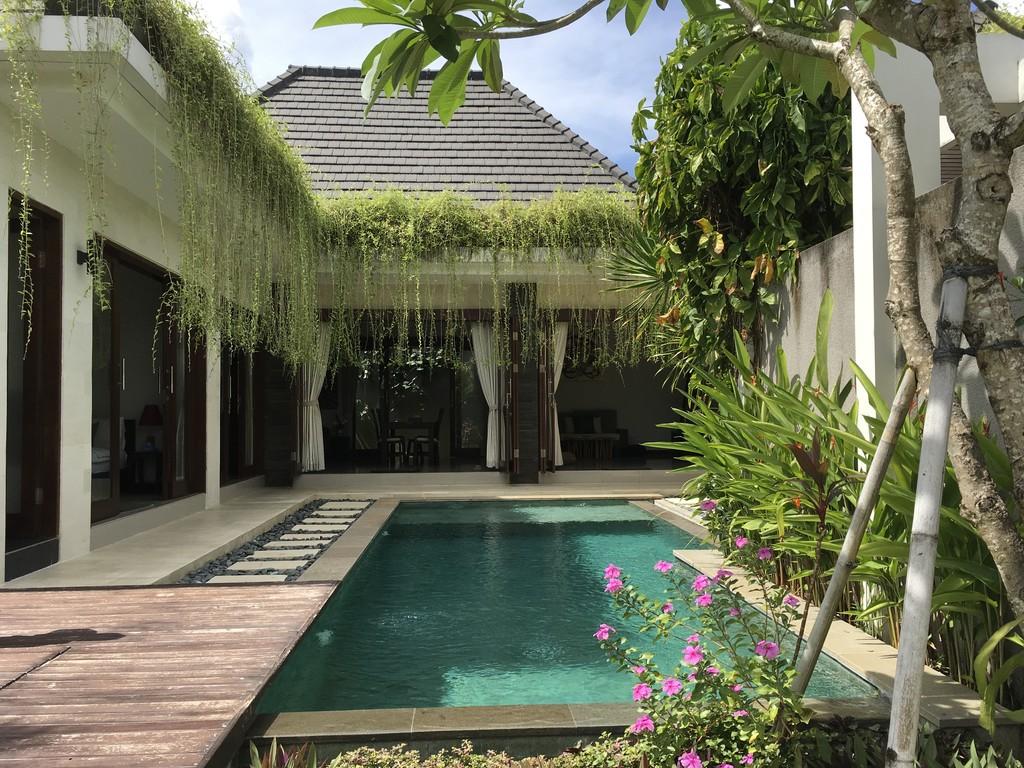 Freehold modern contemporary villa in Jimbaran