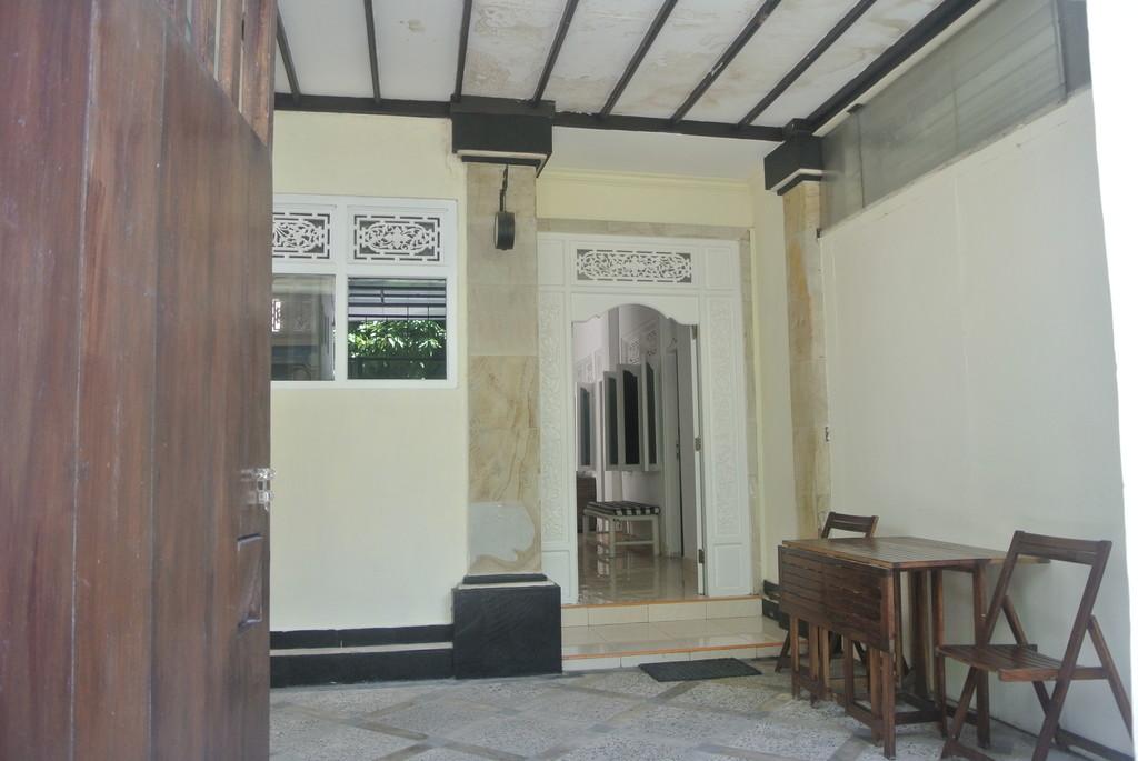Small House for Rent in Benoa Peninsula - Nusa Dua