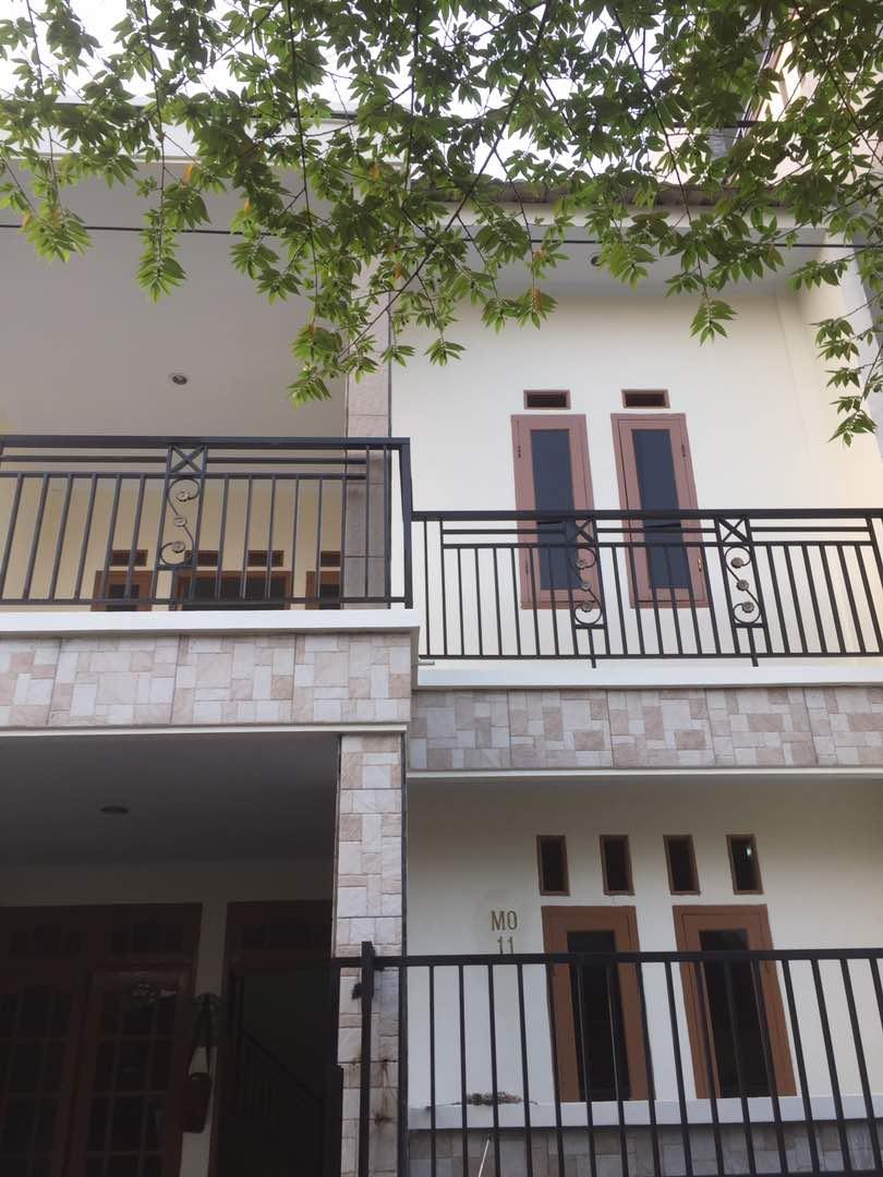 rumah siap huni ,2 lantai,minimalis,di harapan indah