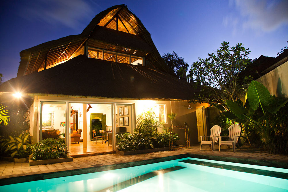 Super Discount Traditional Modern Balinese Style Villa in Seminyak With Pondok Wisata
