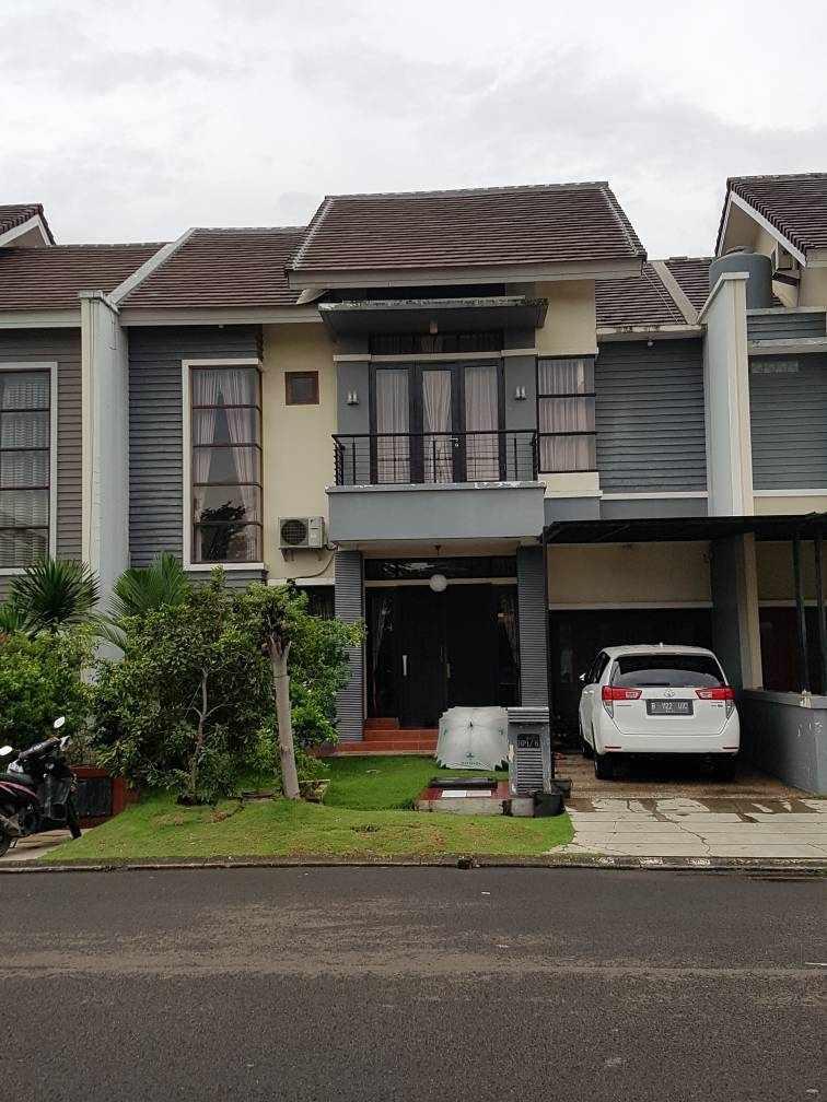 Dijual Rumah Heliconia, Kota Harapan Indah, Bekasi Barat