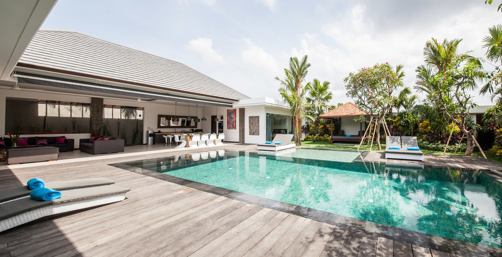 Villa Complex in Drupadi Seminyak Walking to the Beach