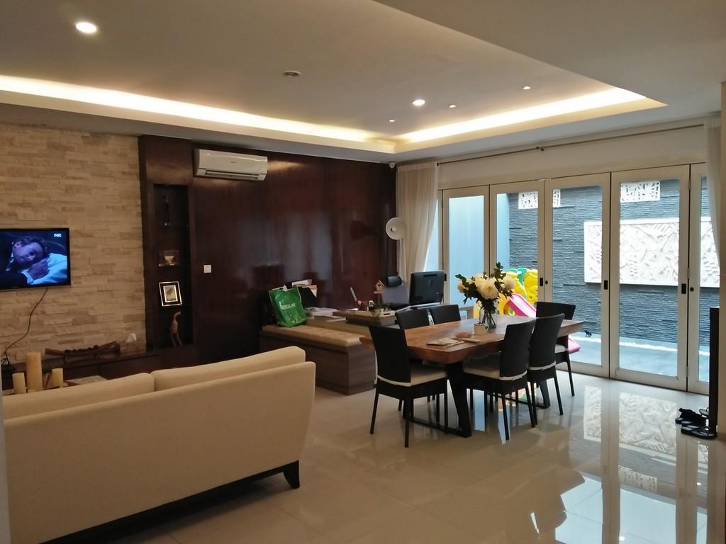 Rumah Bagus dan Siap Huni - SERENIA HILLS, Jakarta Selatan