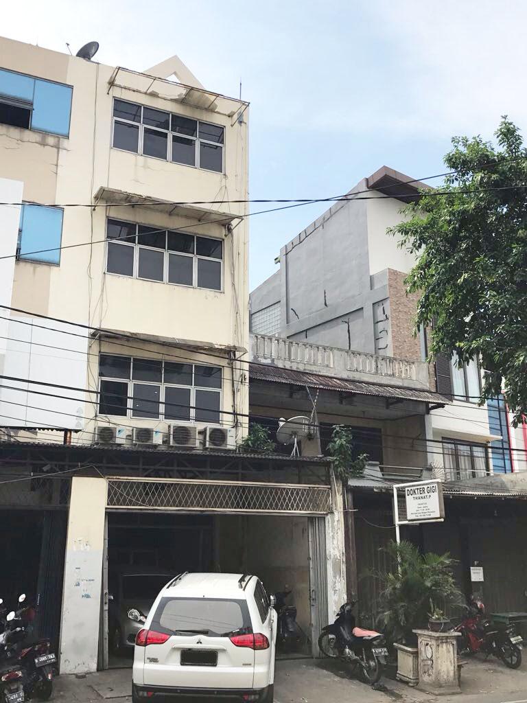 Ruko di Jual Jl Kramat Sentiong-Jakarta Pusat