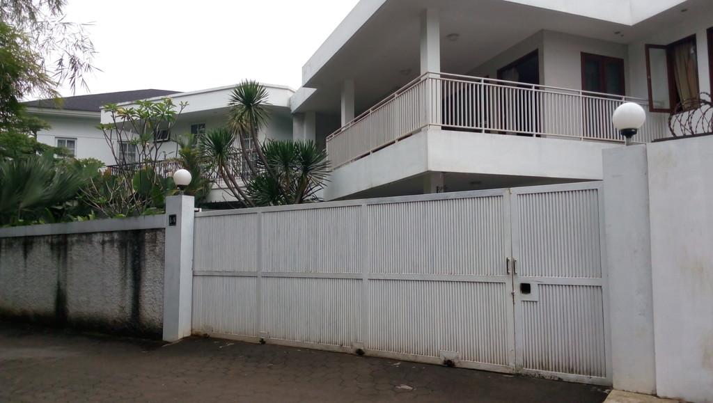 Rumah Cantik Dan Asri Di Jalan Margasatwa Cilandak