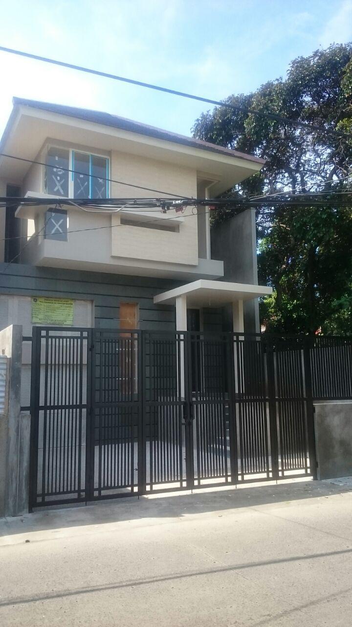 FOR SALE: The Signature Homes Hunian  di  Jakarta Selatan