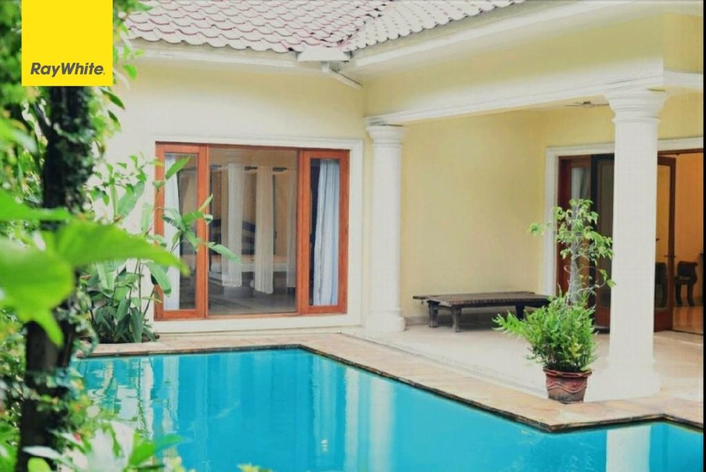 Dijual Rumah Siap Huni,harga nego at Kemang Barat - Jakarta Selatan