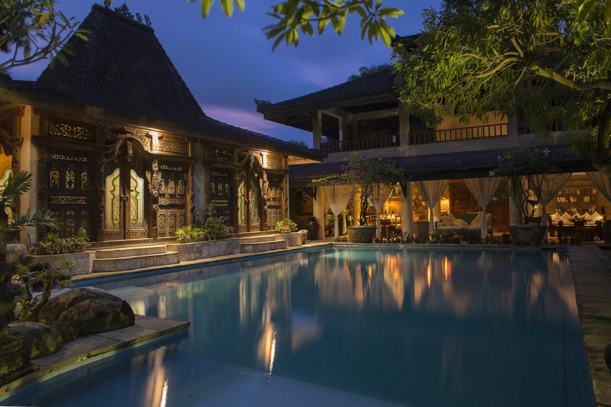 Luxury 6 Bedroom In Great Location Seminyak