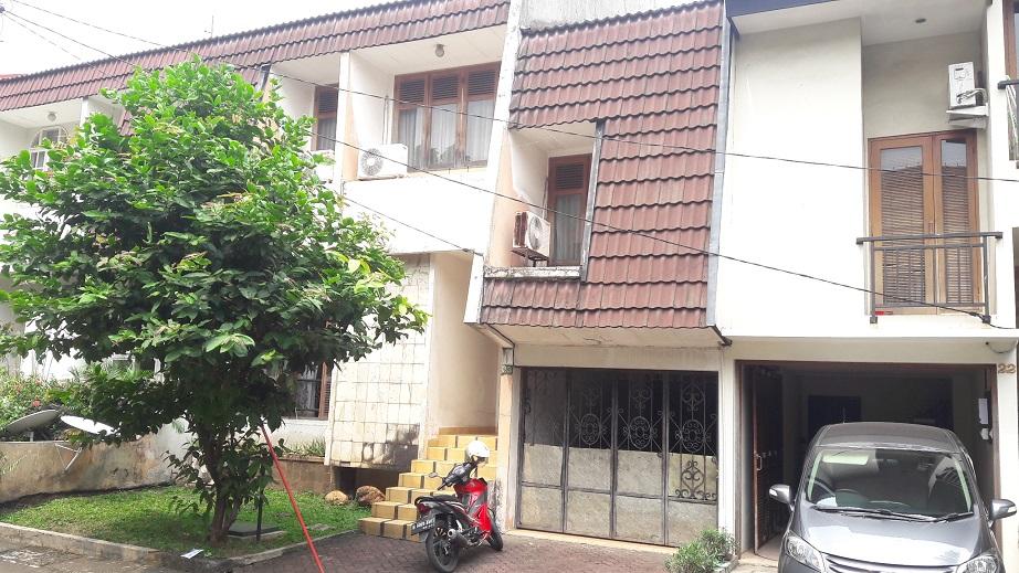 Rumah di Cipete, Dalam Kompleks, SHM, Luas Tanah 188 m2