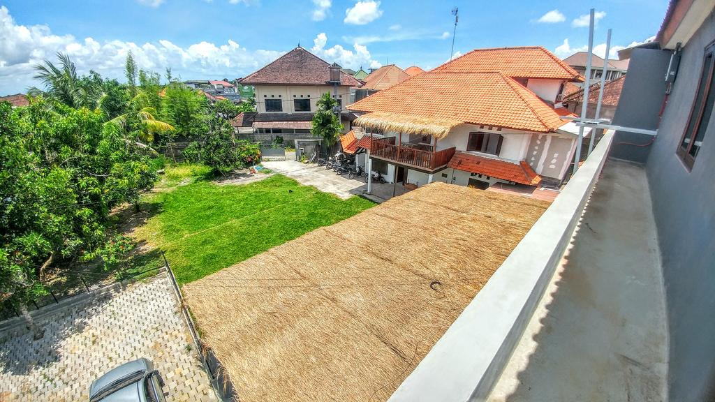 Commercial Restaurant and Apartment for Sale in Jimbaran