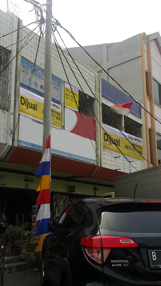 Ruko Gandeng di Jual Boulevard Raya-Kelapa gading-Jakarta Utara