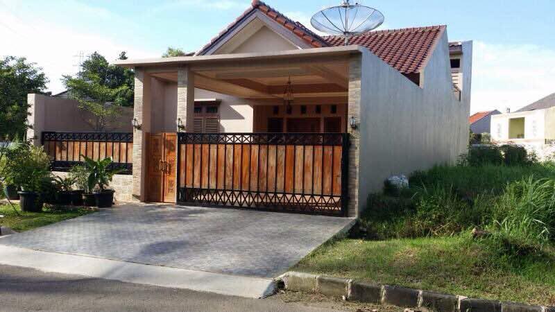 Rumah Suasana Tenang di Pusat Kota Bekasi