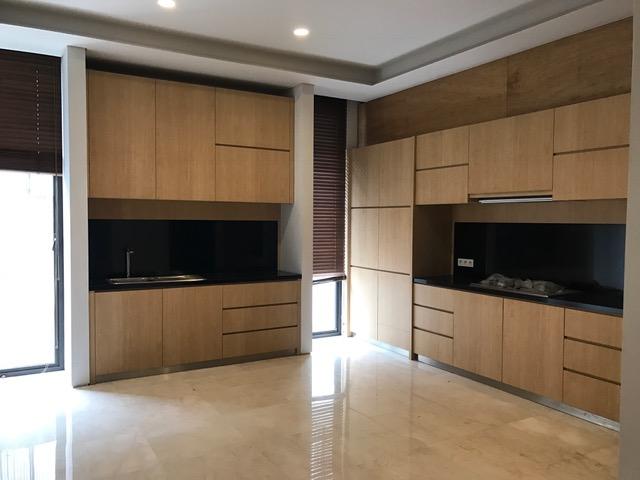 Rumah baru siap huni di Kemang Area for Sale