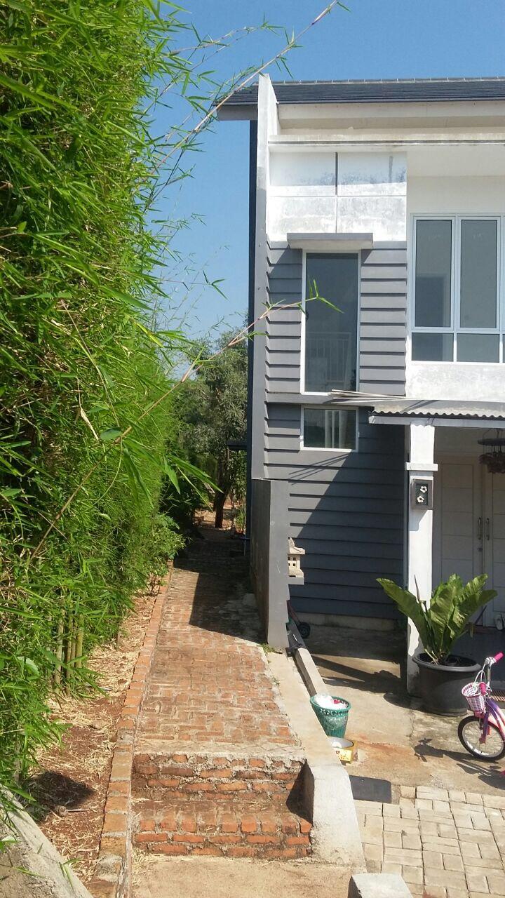 rumah minimalis baru direnovasi 2 lantai aman nyaman bebas banjir keamanan 24 jam dekat pintu tol bekasi timur lokasi di clusterb puri kintamani bekas