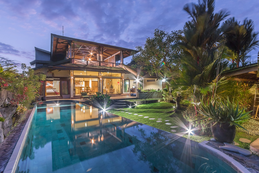 Freehold  Villa  for Sale In Berawa CANGGU