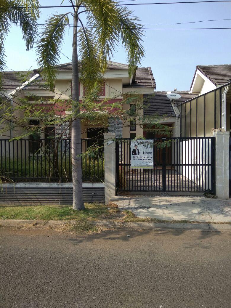 Rumah bagus dan luas @ Aralia HY Harapan Indah Bekasi