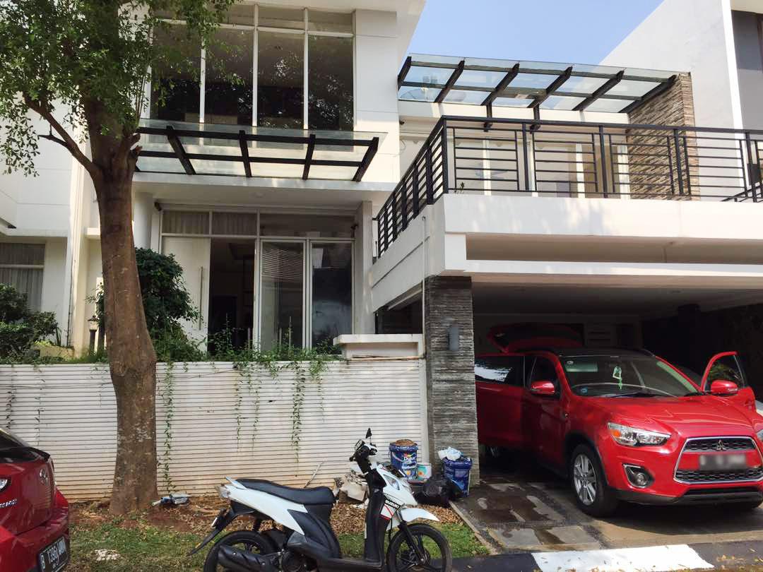 HOT SALE !! Rumah Nyaman, Aman, Siap Huni di Kebayoran View, Bintaro