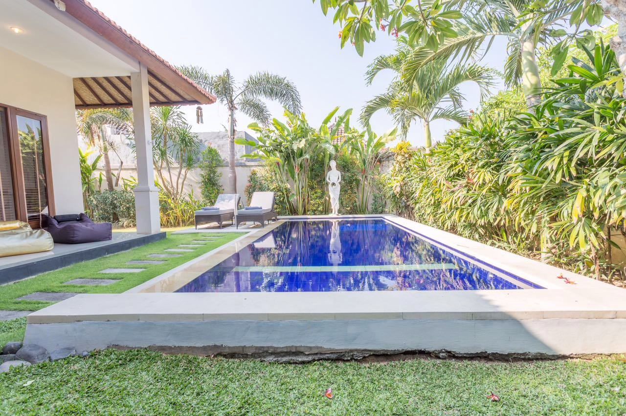 Walking Distance to the BEACH, RESTAURANT & SHOPS 3BR VILLA MAHAYANA. SPECIAL OFFER!!!