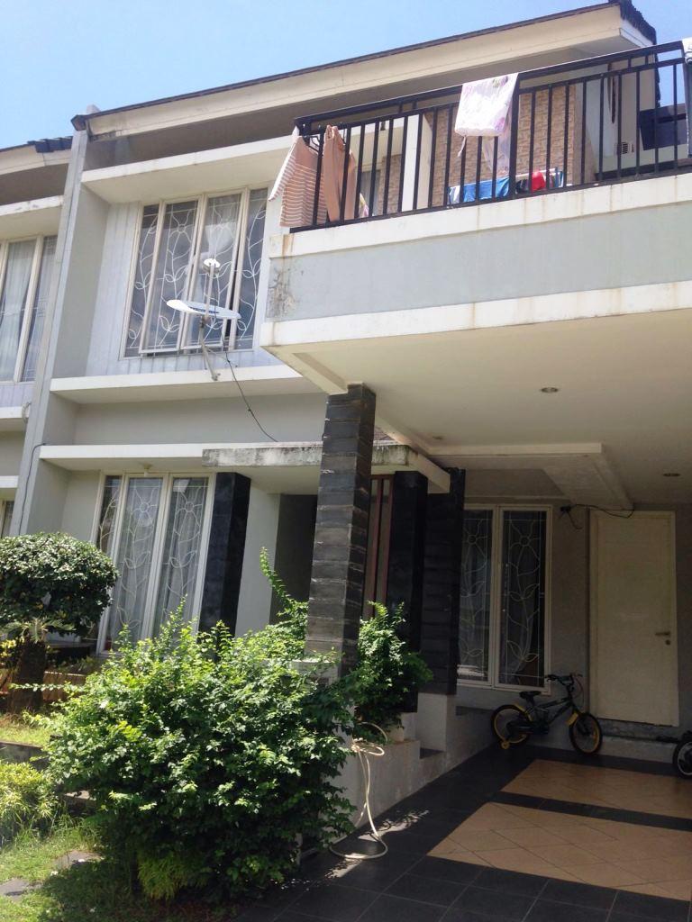 Dijual Rumah Nyaman dan Siap Huni di Kawasan Emerald View Bintaro Jaya