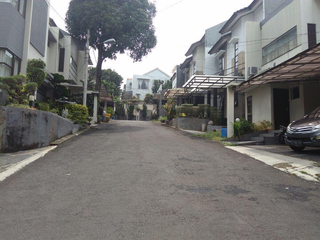 Dijual Rumah Modern Minimalis di Jakarta Selatan Harga Nego