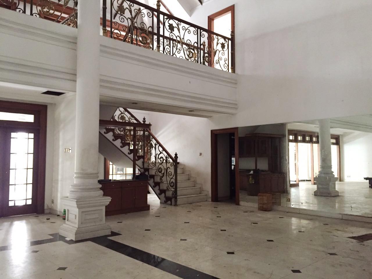 Dijual Rumah Nyaman dan Siap Huni di Jl Barito Jaksel