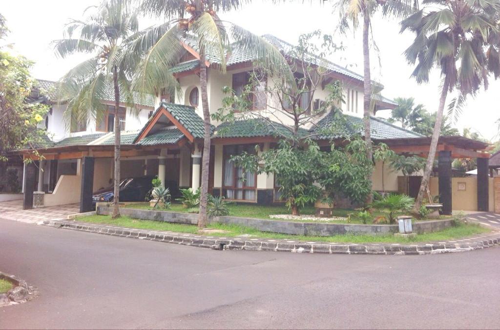Dijual Rumah Nyaman dan Siap Huni di Graha Taman, Bintaro