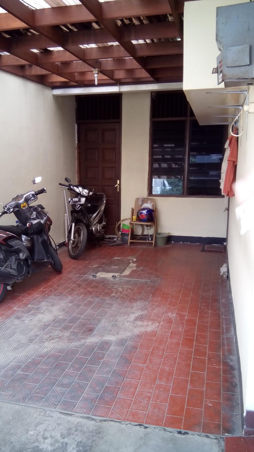 Rumah dalam komplek di Cilandak