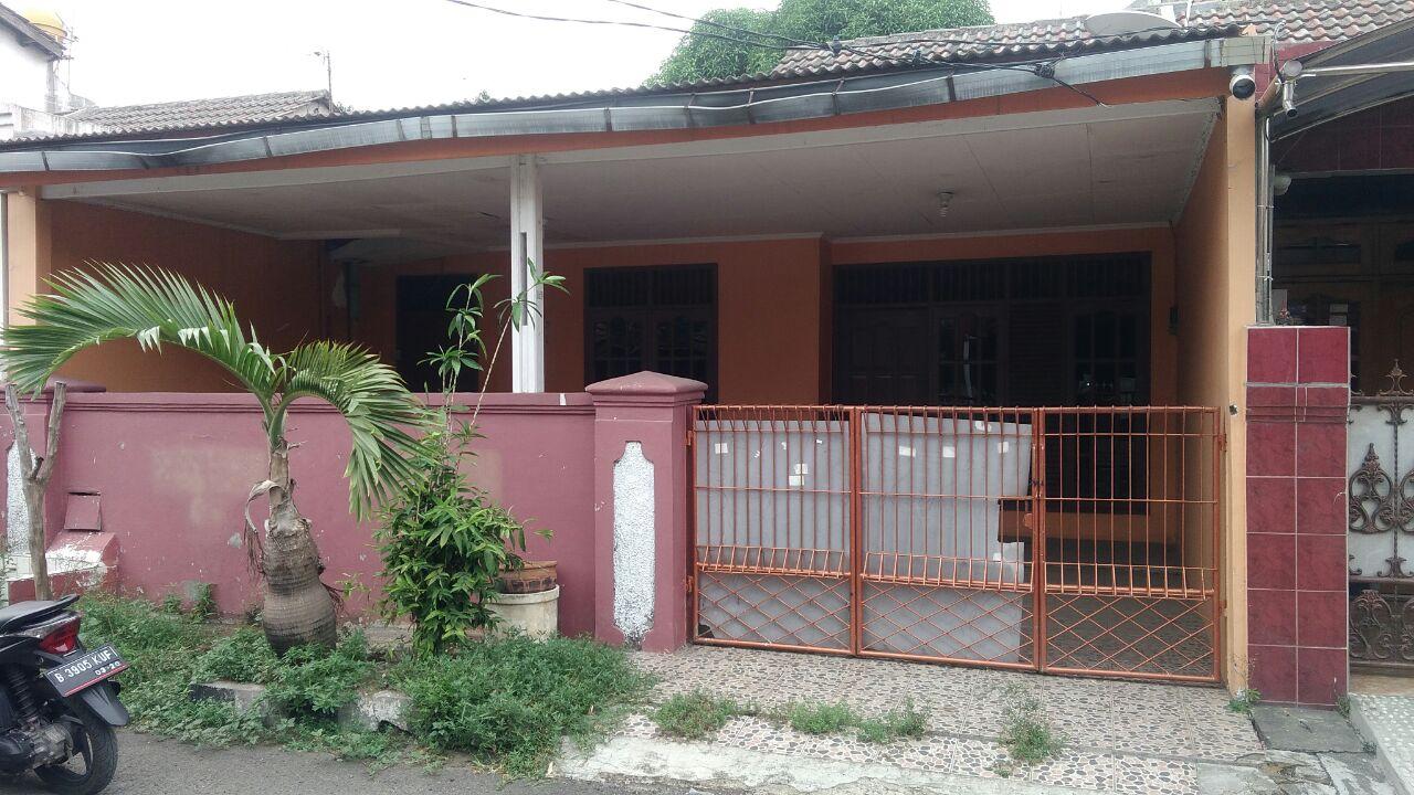 Rumah Rapi jalan Lebar Kota Bekasi di Wisma Asri
