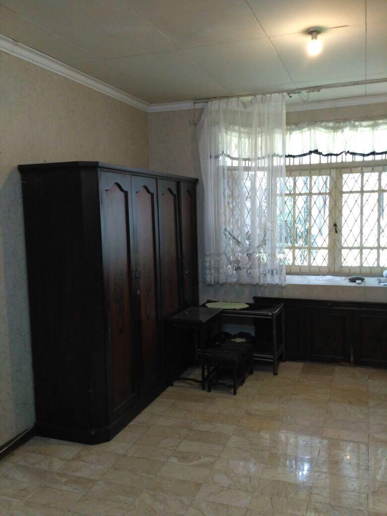 HOT SALE rumah siap huni, asri dan strategis @Bintaro Utara