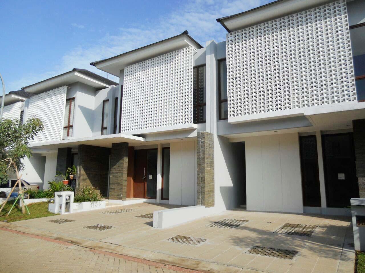 Rumah HOT SALE!!! Dijual Cepat Rumah, Lokasi sangat Srategis Di Discovery Lumina, Bintaro