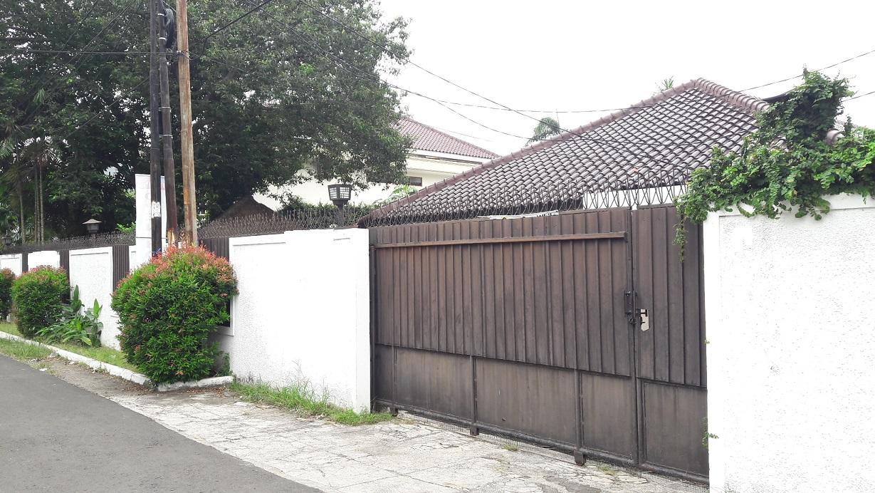 Rumah Bagus dan Nyaman  di Gaharu Cipete Jakarta Selatan