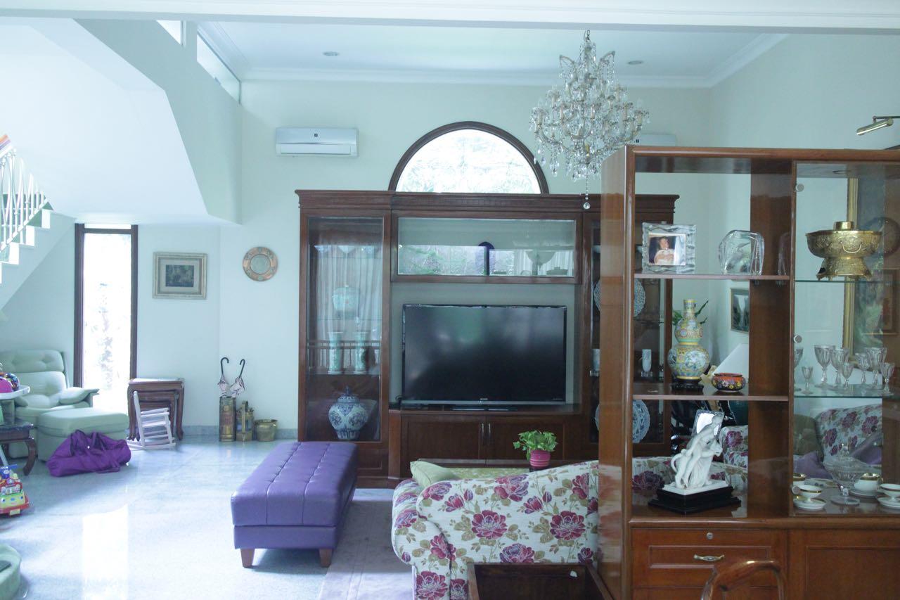 Rumah Tinggal Siap Huni di Kebayoran Baru