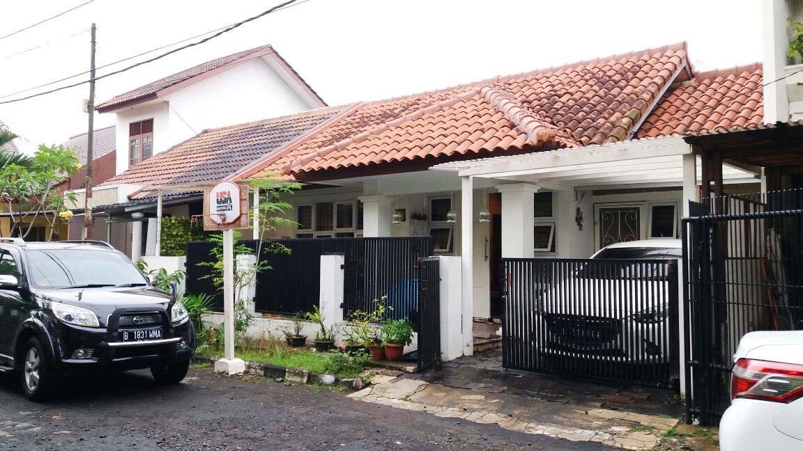 Rumah Dijual  lokasi strategis, bagus, nyaman dan aman daerah Jl Elang, Tangerang Selatan