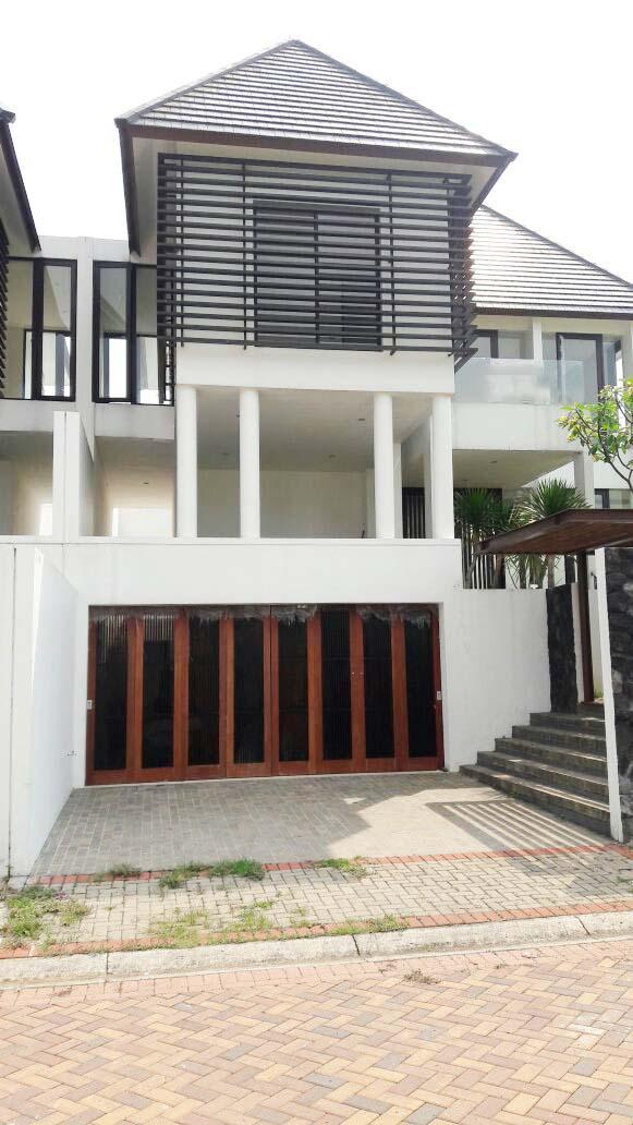 Rumah Dijual  lokasi strategis, bagus, nyaman dan aman daerah Bukit Menteng, Bintaro