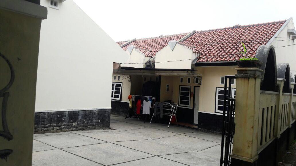 Dijual Cepat Rumah kos-kosan Lokasi strategis, aman @AMD.Pondok Aren