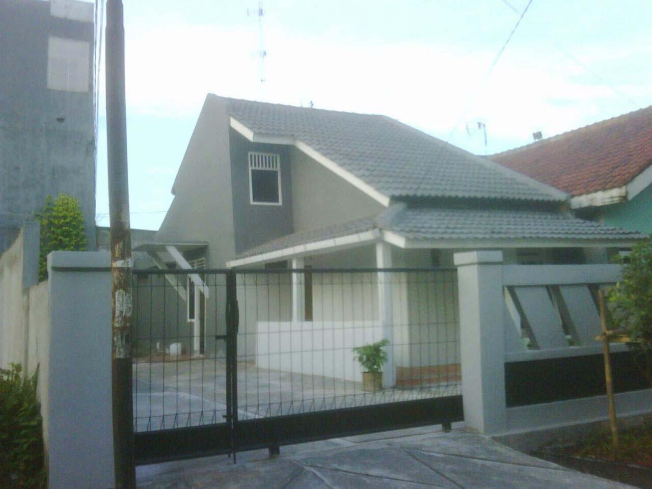 Rumah Dijual  lokasi strategis, bagus, nyaman dan aman daerah Karawang-Jabar